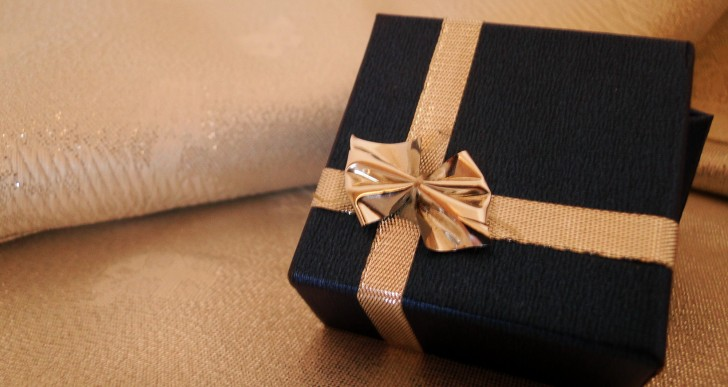 Prawie 80 proc. Polaków planuje świąteczne zakupy w sieci